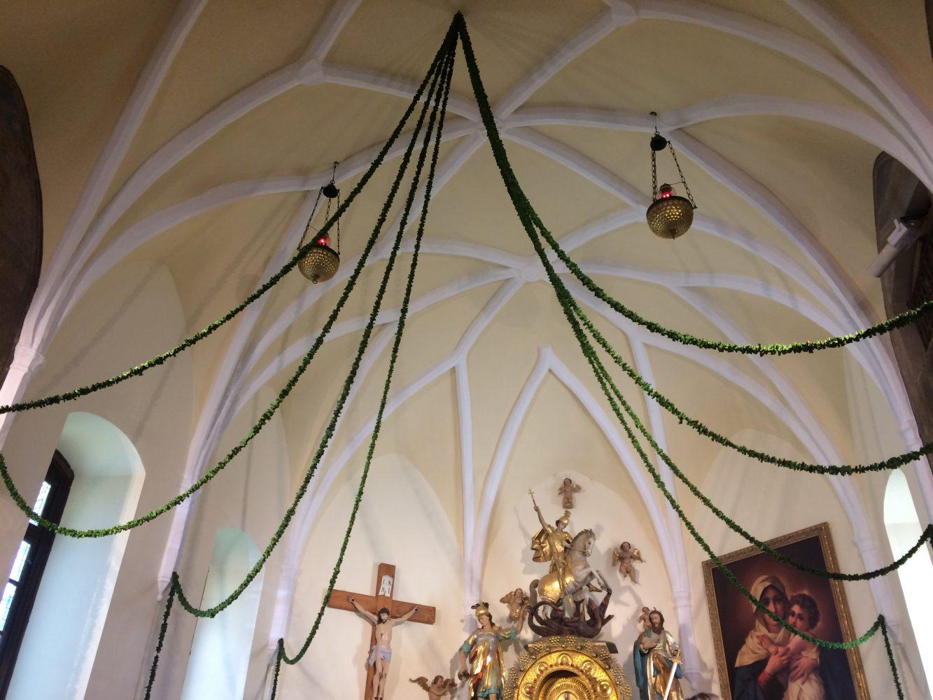 venci iz slepic v cerkvi sv. Jurija